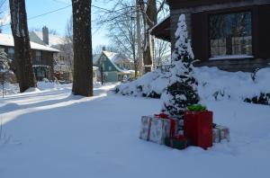 Frozen Walk Christmas Tree