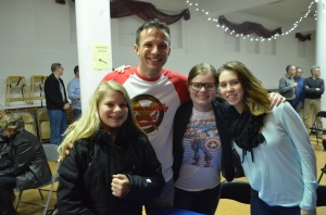 Vinnie and some of his favorite fans. Let's hear it for the Cline-Schubbe clan!