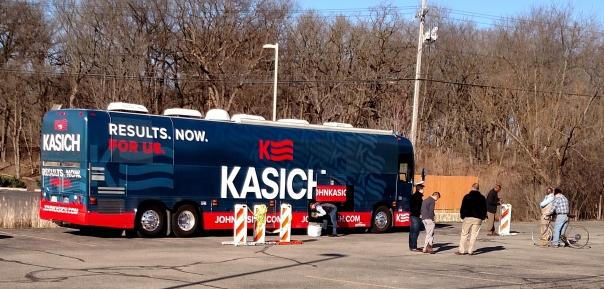 John Kasich bus