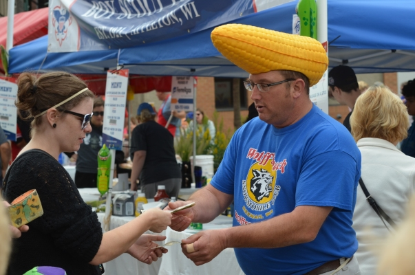 octoberfest-corn-hat